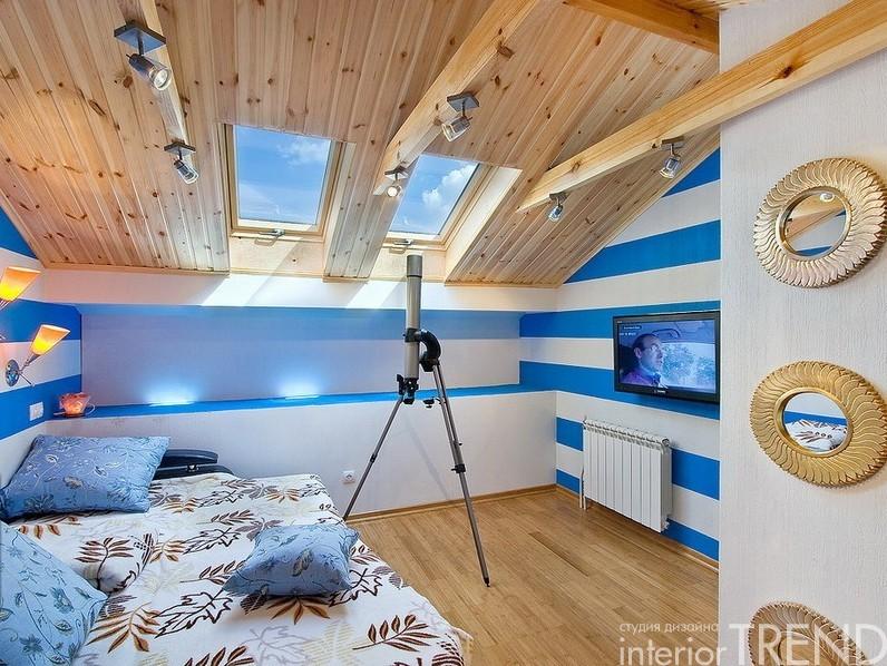 Детская на мансарде дизайн в деревянном доме